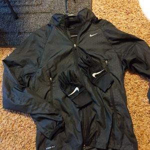 Women's Nike light jacket & Nike Gloves.